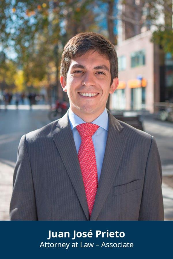 En: Juan José Prieto